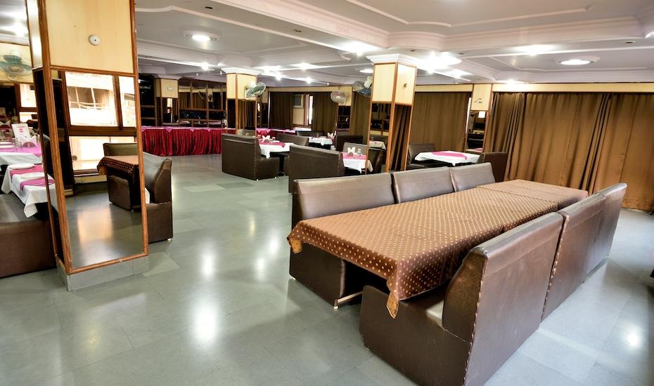 Hotel Anand Palace, MP Nagar,