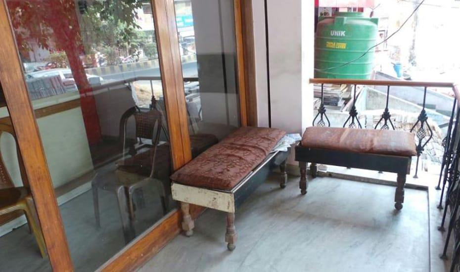 Hotel Prakash, Mall Road,