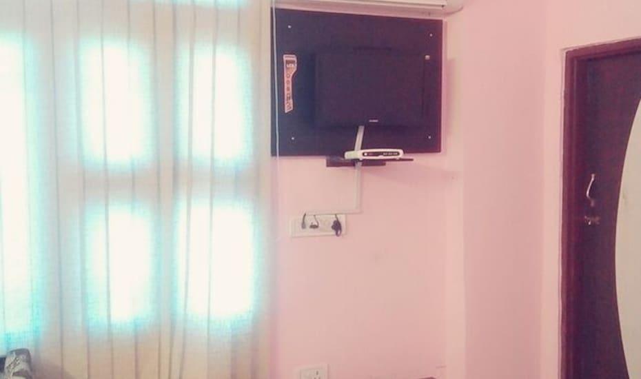 Hotel Chhavi Holidays,Jaipur