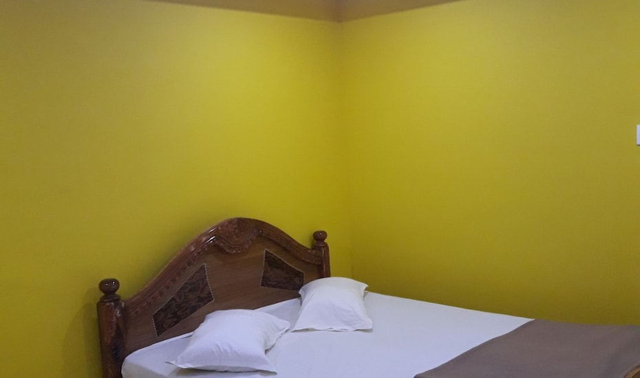 Hotel Fort View, Kohinoor Road,