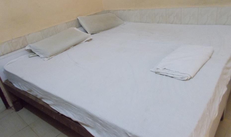 Sandhu Guest House, none,