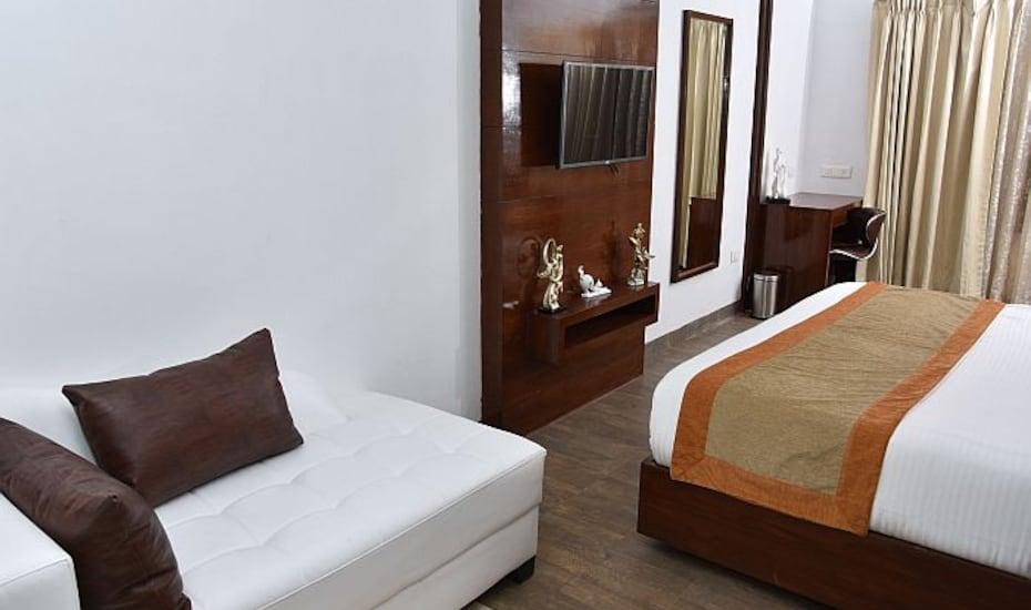 Le Pearl Beach Resort-Candolim, Candolim,