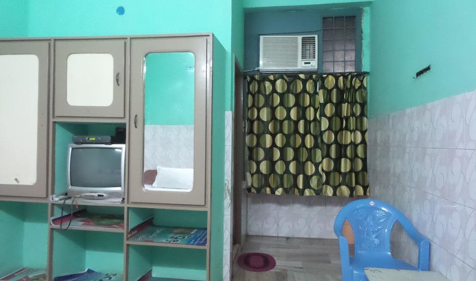 Kairali service apartment, Colva,