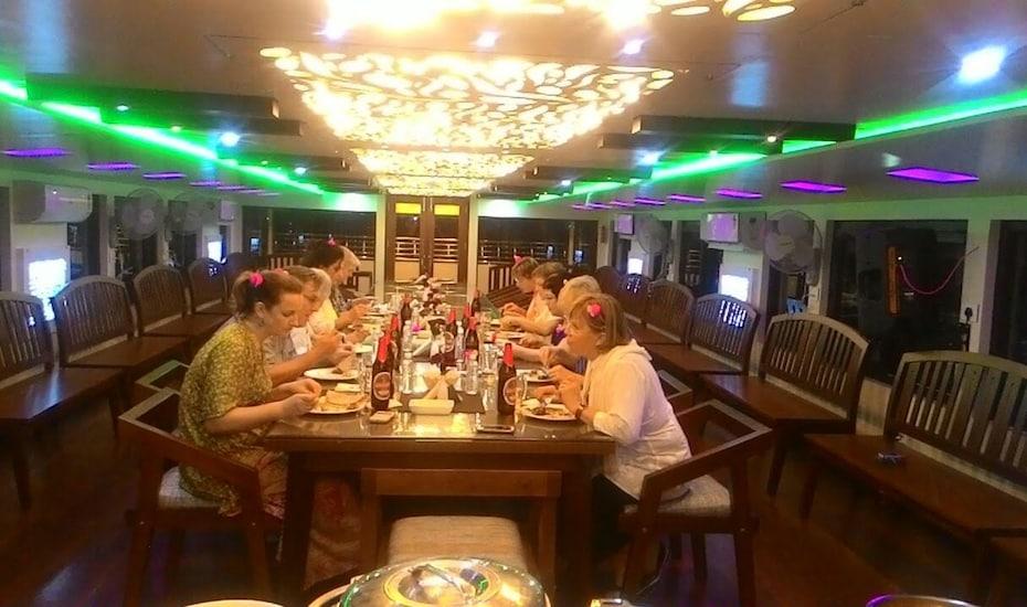 Style Palace By Travel Inn, Kumily,