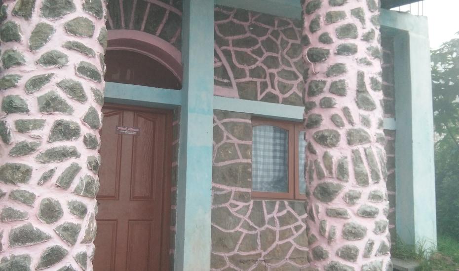 Rafael Pink House, none,