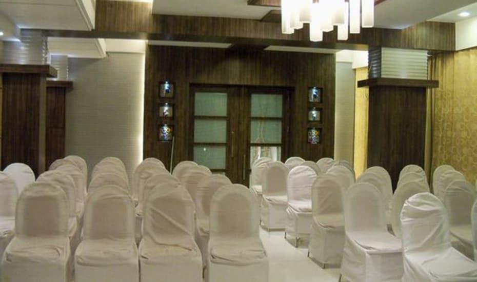 Room Maangta 211 @ Thane West, Thane West,