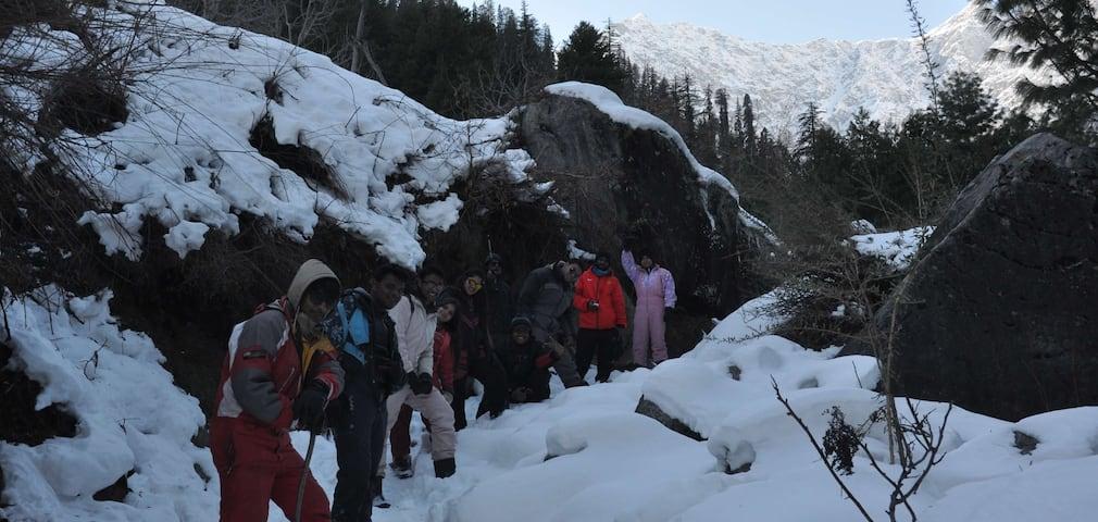 Manali Winter Trek In Himachal Pradesh Adventure Nation