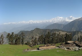 Chopta Tungnath Chandrashila Trek via Deoria Tal