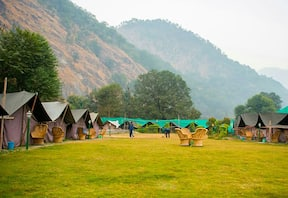 1N/2D Rafting and Camping at Phool Chatti, Rishikesh