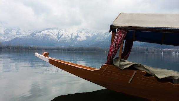 Scenic Kashmir with Vaishno Devi & Shikara Ride (Standard)