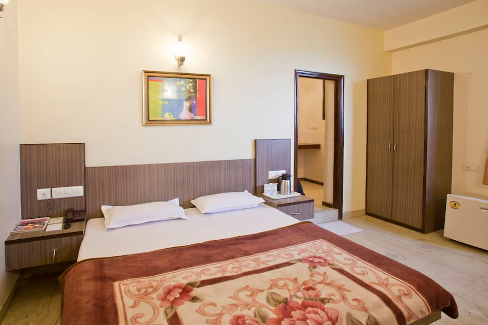 Hotel Goyal Palace, Subhash Nagar, Hotel Goyal Palace