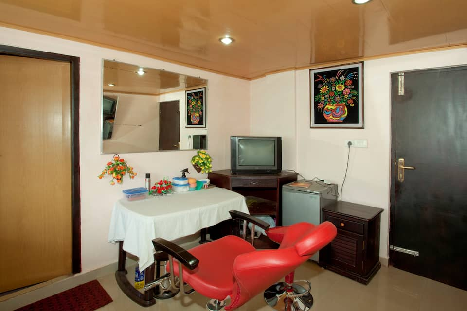 Archana Residency, M S A Road, Archana Residency