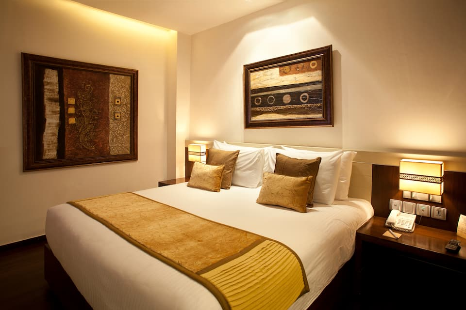 Shervani Nehru Place, South Delhi, Shervani Nehru Place