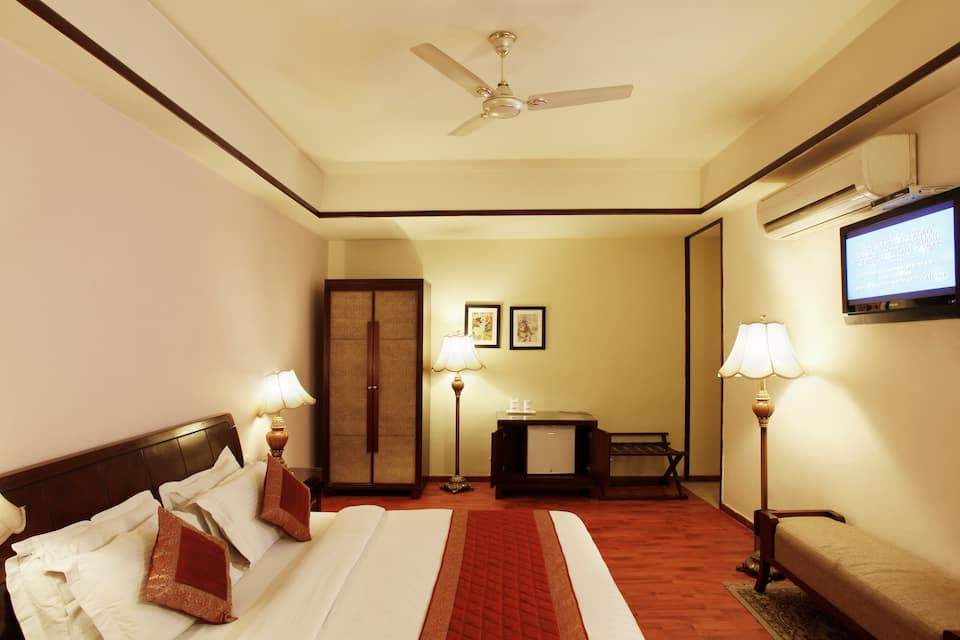 Hotel Picasso Prive, West Delhi, Hotel Picasso Prive