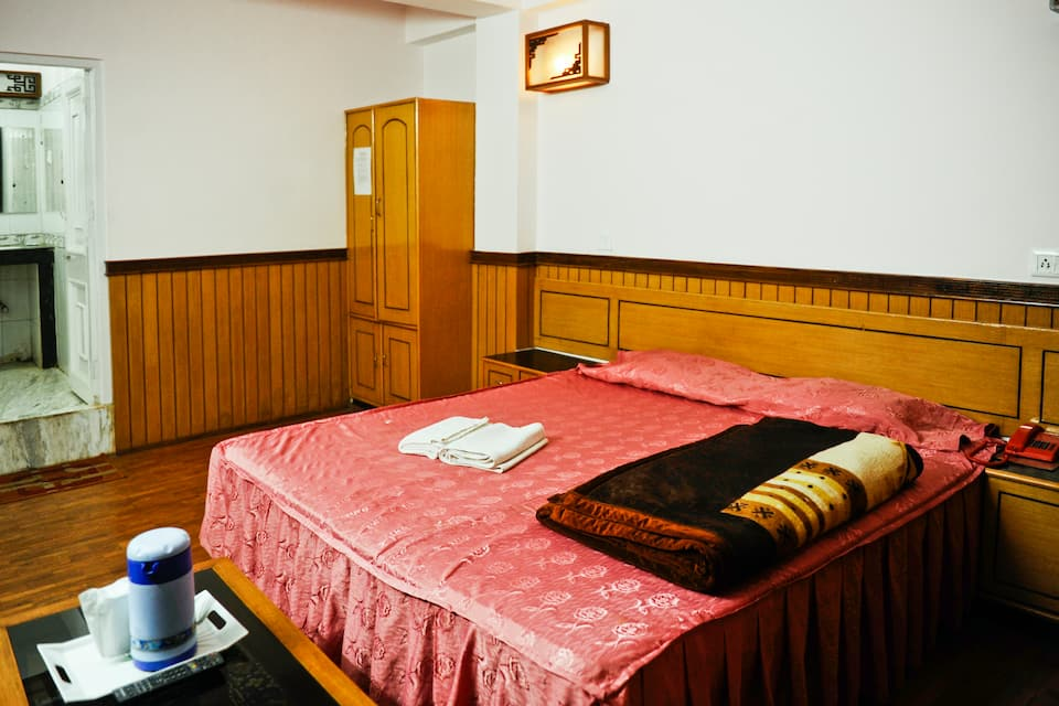 Hotel Doma Residency, M G Road, Hotel Doma Residency