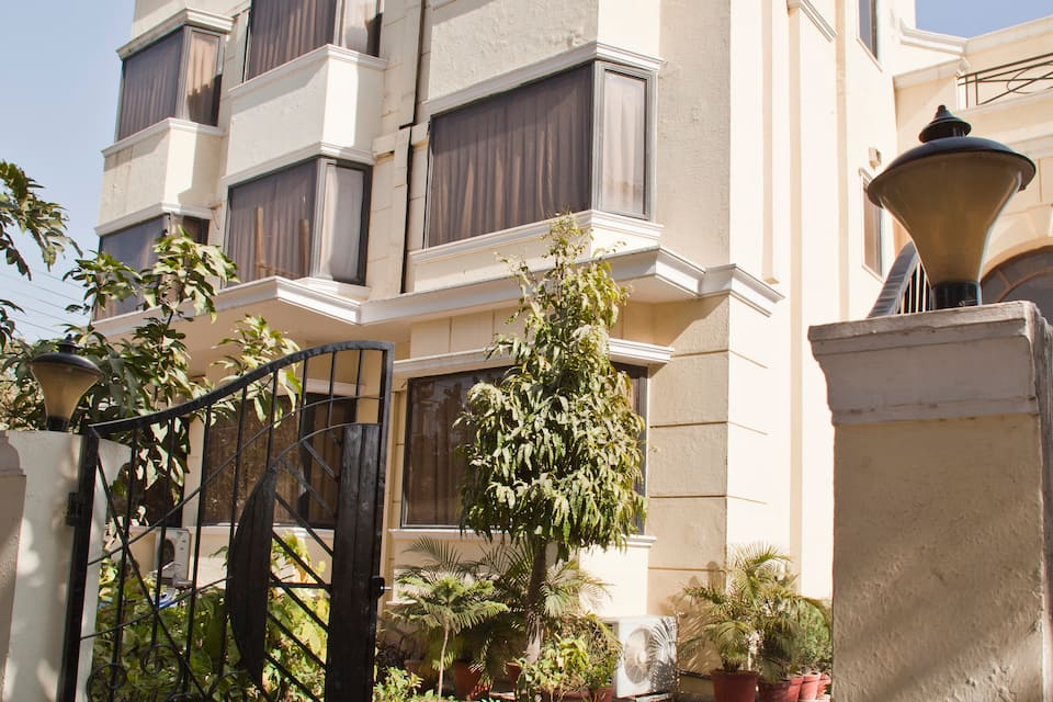Hotel Smart Villa, DLF Phase II, Smart Villa By Royal Collection Hotel And Resorts