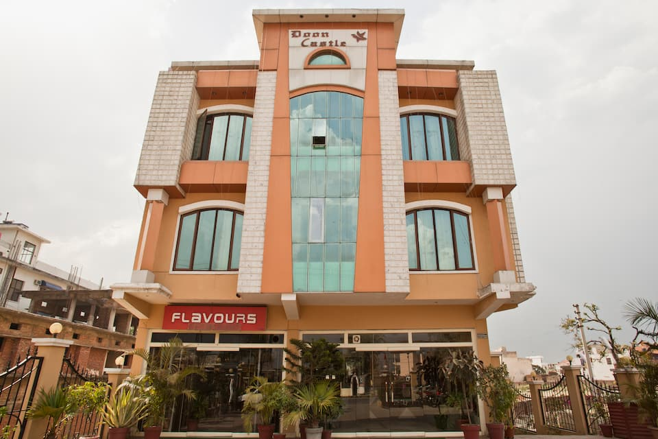 Hotel Doon Castle UNA Smart, Saharanpur Road, Hotel Doon Castle UNA Smart