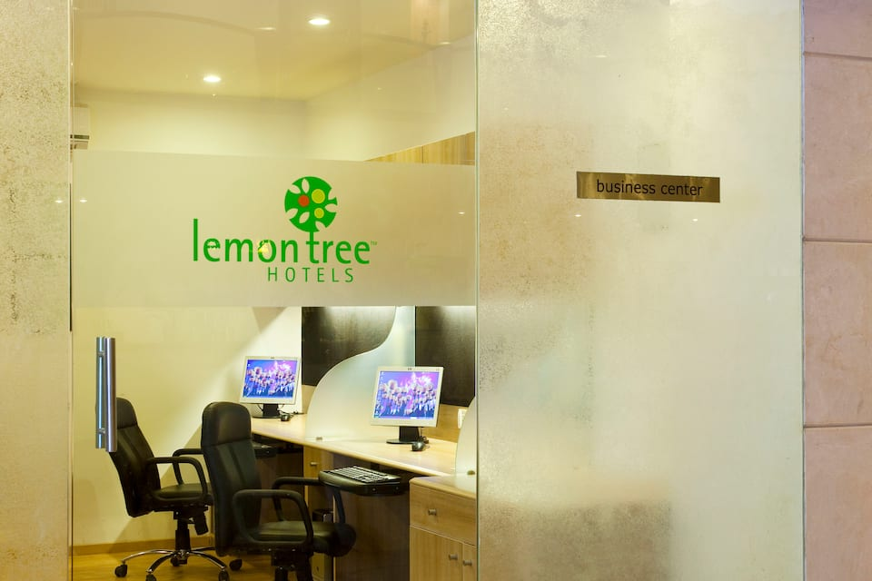 Lemon Tree Hotel, Indore, R N T Road, Lemon Tree Hotel, Indore