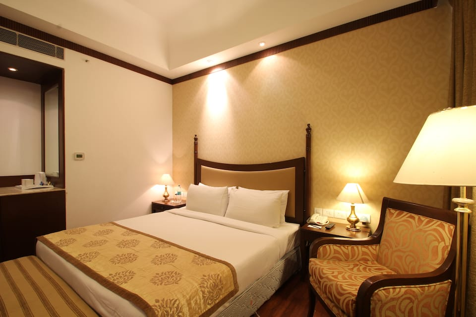 Country Inn & Suites By Carlson Delhi Satbari, South Delhi, Country Inn  Suites By Carlson Delhi Satbari