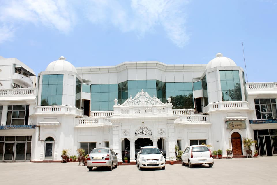 Hotel Deep Palace, Cantt Road, Hotel Deep Palace