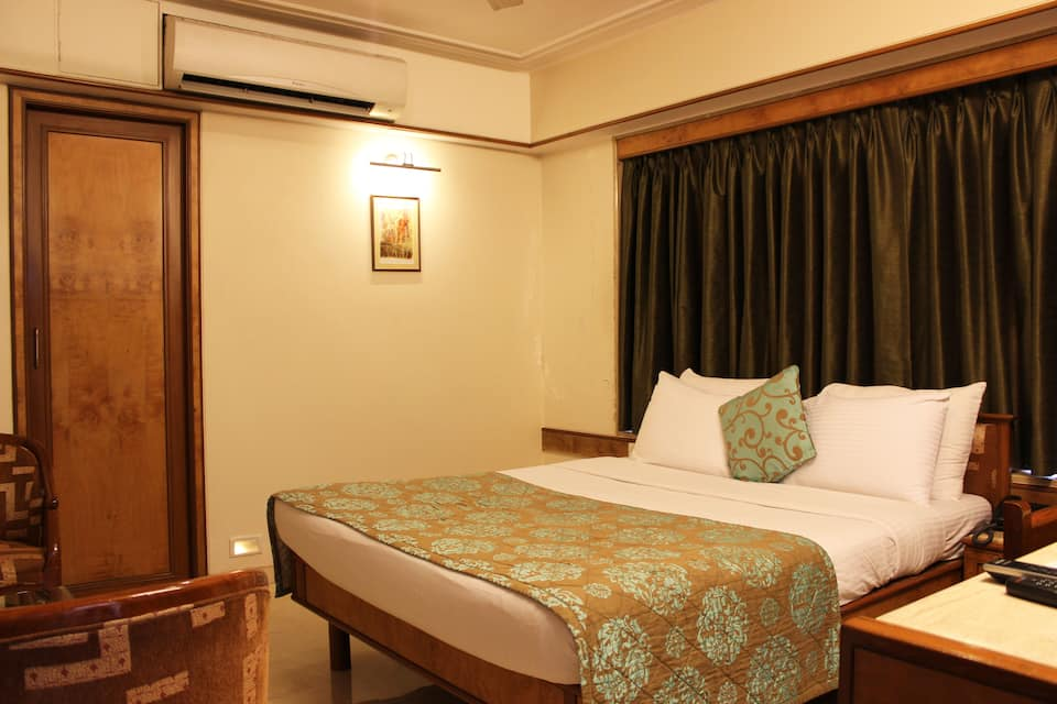 Hotel Regal Enclave, Khar, Hotel Regal Enclave