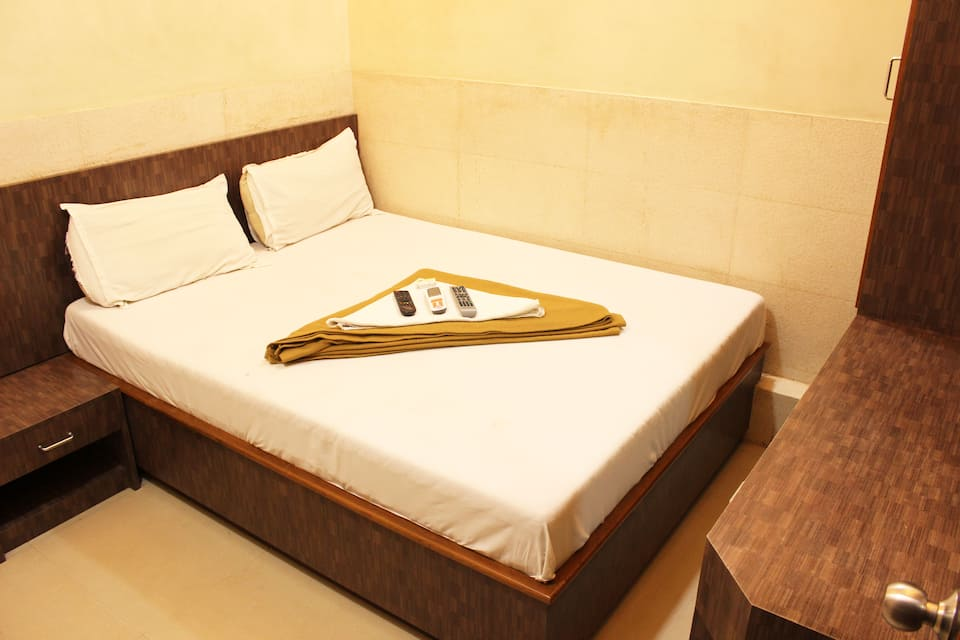 Hotel Royal Residency, Kurla (West), Hotel Royal Residency Kurla (West)