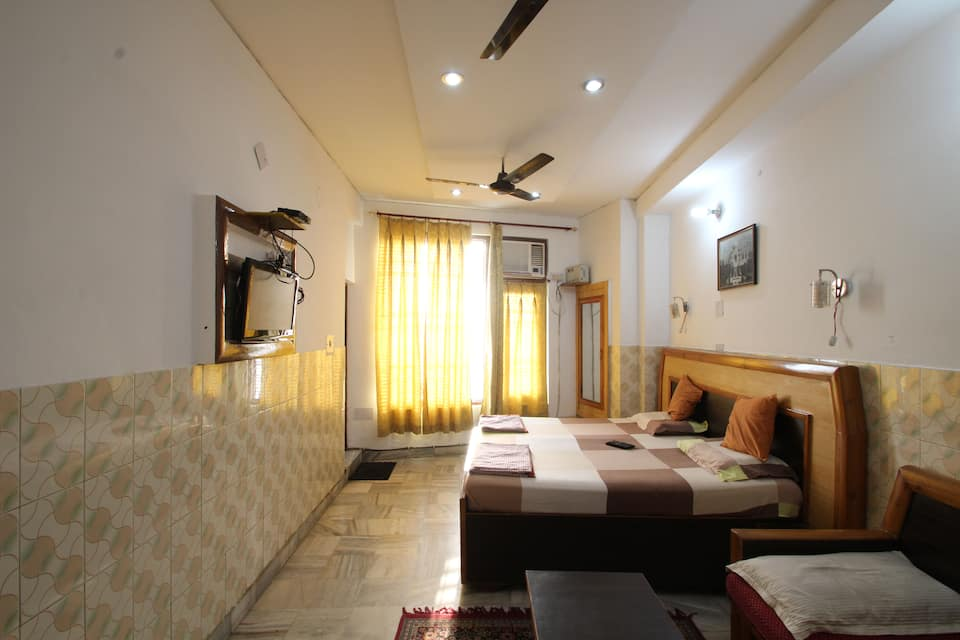 Ellora Guest House, Dhakran Crossing, Ellora Guest House