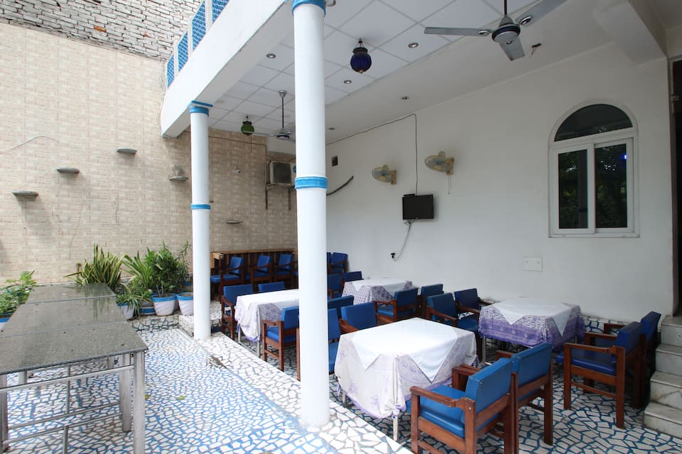 Maya Hotel, Fatehabad Road, Maya Hotel and Restauarant