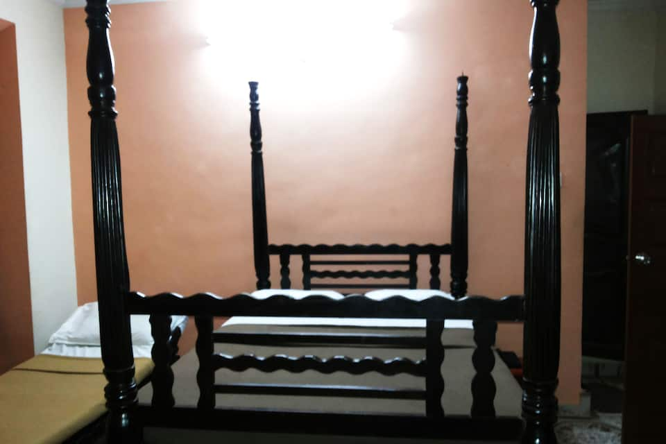 Bharat Lodge, Panjim, Bharat Lodge