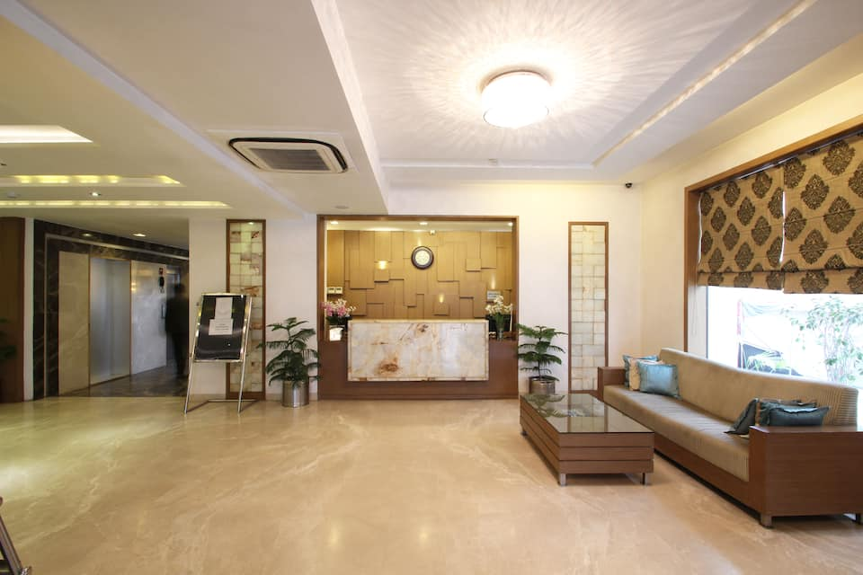 The Retreat, Fatehabad Road, The Retreat