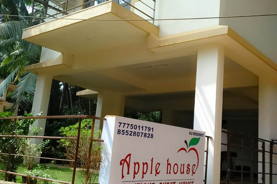 Apple House, Arpora, Apple House
