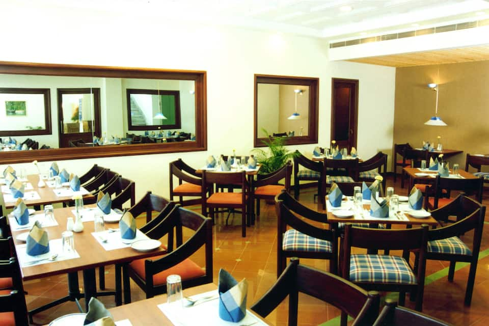 Hotel Abad Plaza (Next to Central Mall), M G Road, Hotel Abad Plaza (Next to Central Mall)