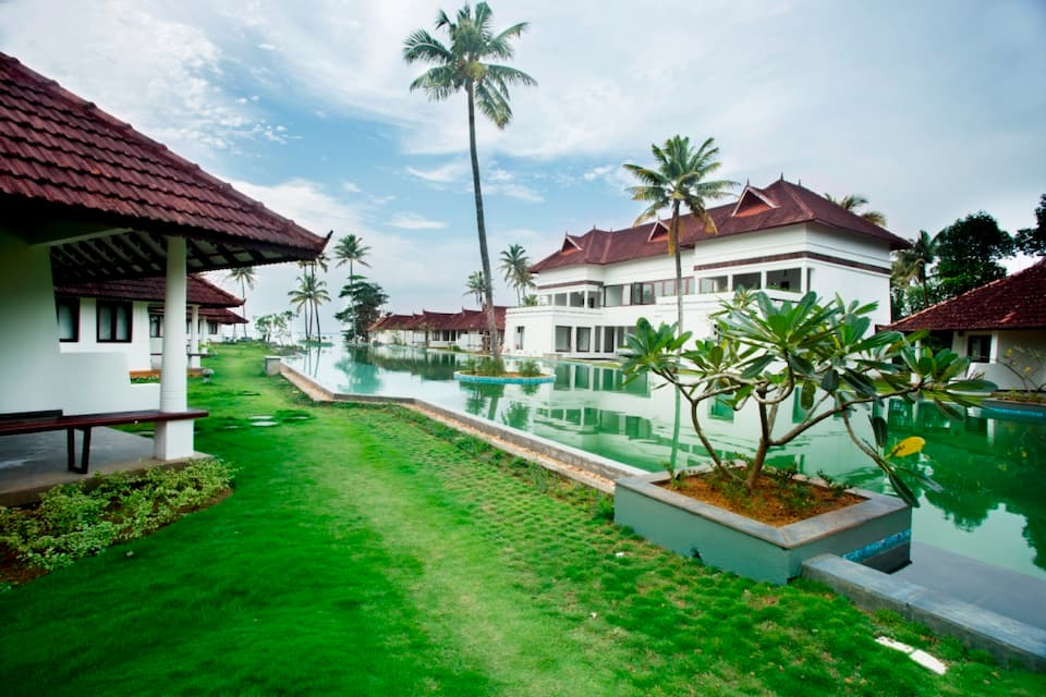 Aveda Kumarakom Resort, Nazerath Church Road, Aveda Kumarakom Resort