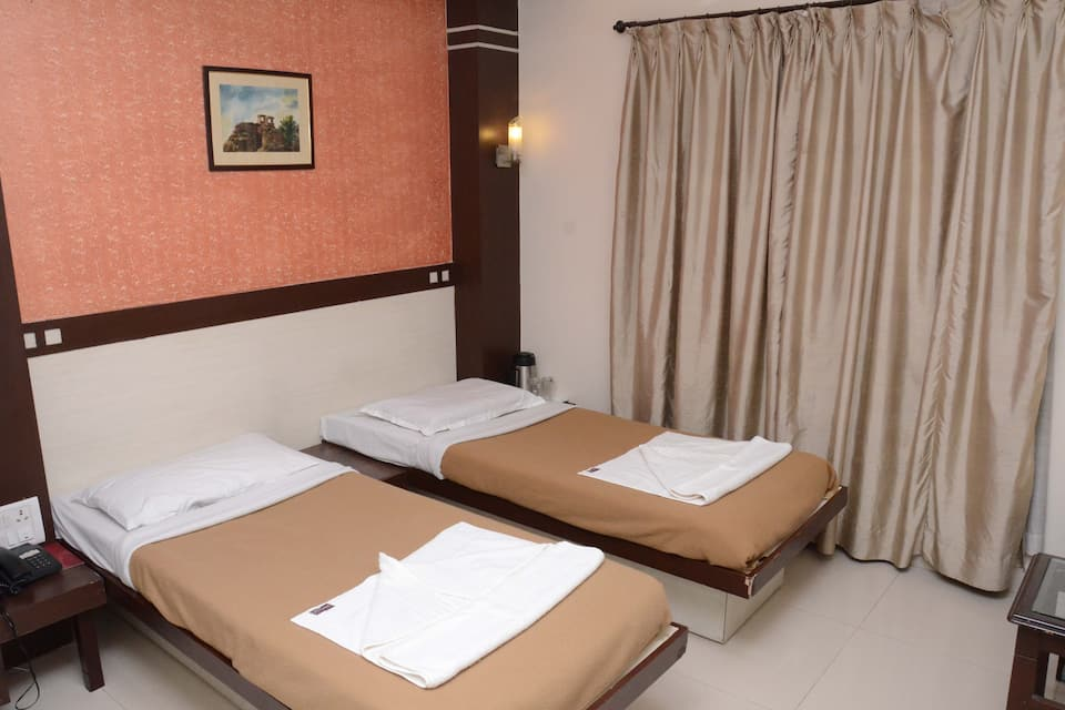 Golden Residency, Gandhi Nagar, Golden Residency