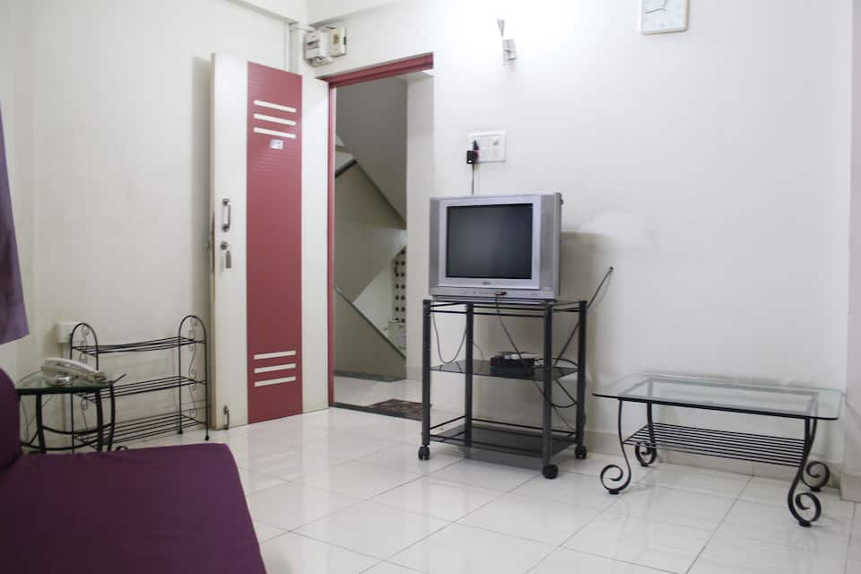 Siesta Springs Service Apartments (Wi-Fi Enabled), Viman Nagar - Airport, Siesta Springs Service Apartments (Wi-Fi Enabled)