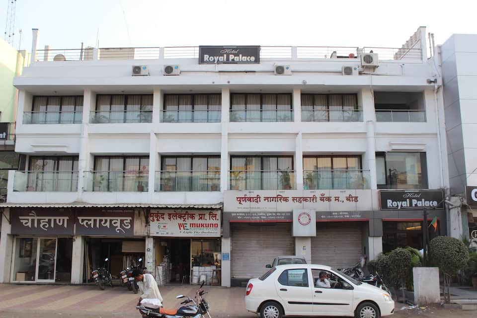 Hotel Royal Palace, Jalna Road, Hotel Royal Palace