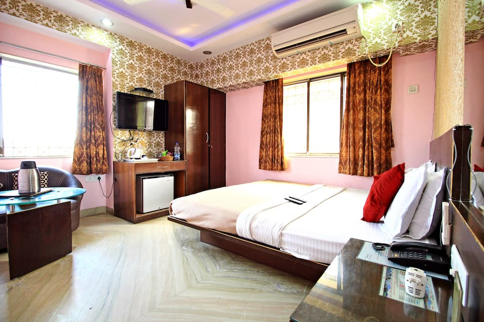 Hotel N S International, Rafi Ahmed Kidwai Road, Hotel N S International