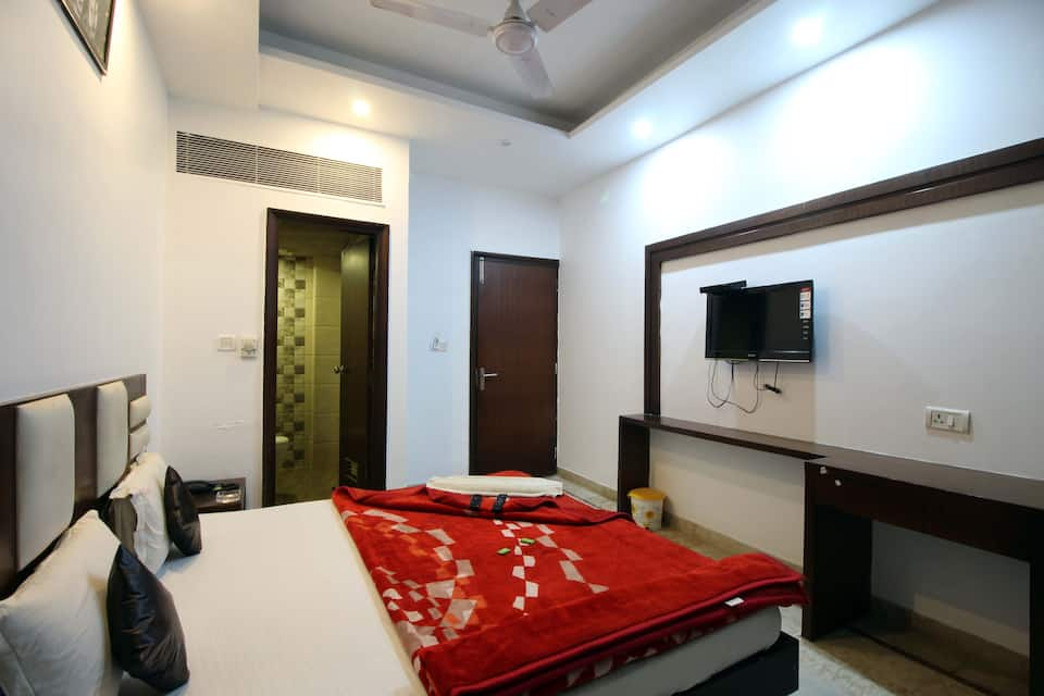 Hotel Sudershan Palace, Connaught Place, Hotel Sudershan Palace