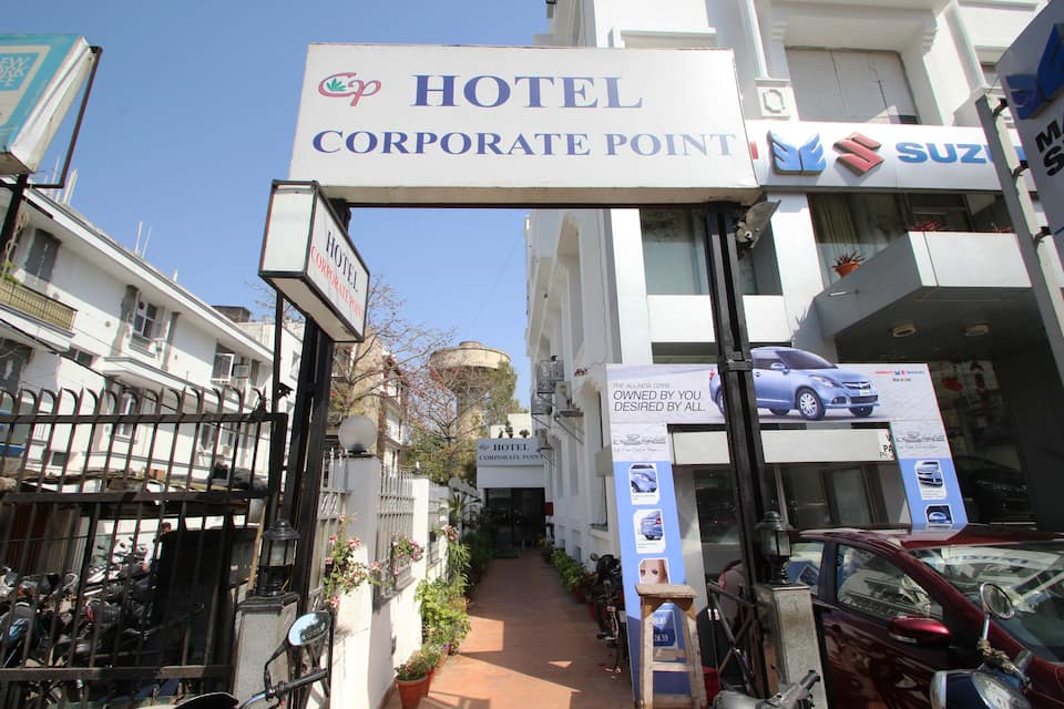 Hotel Corporate Point, Safdurjung Enclave, Hotel Corporate Point