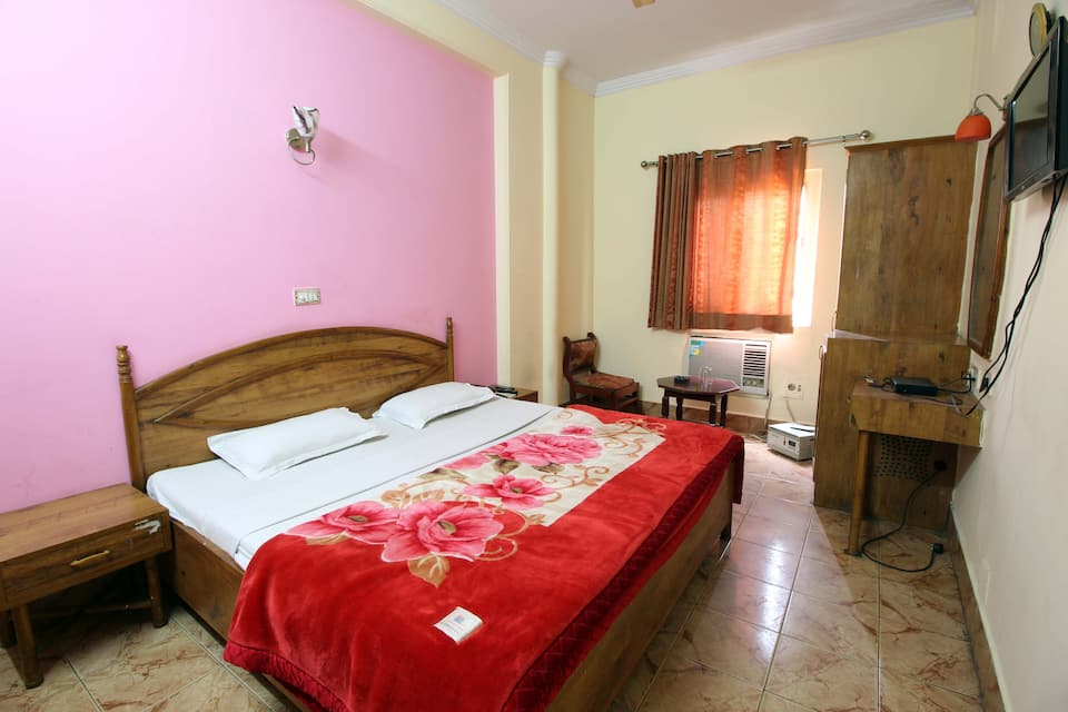 Hotel Prince International, Karol Bagh, Hotel Prince International