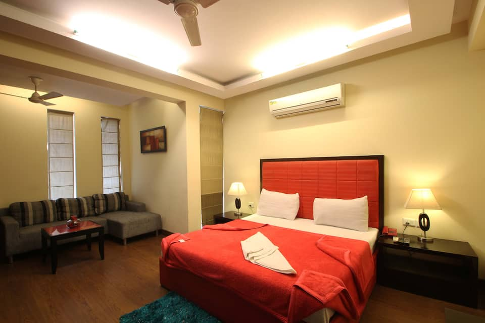 Dreamz Residency, DLF Phase III, Dreamz Residency