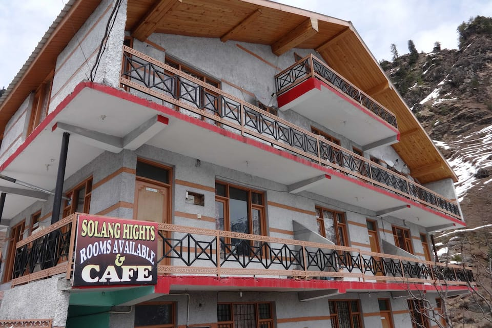 Hotel Solang Heights, Palchan, Hotel Solang Heights