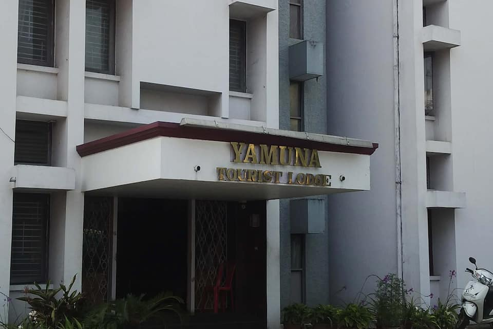 Yamuna Lodge