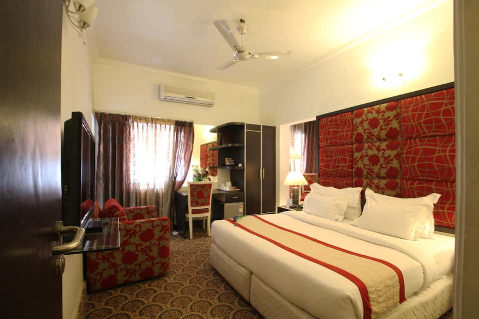 Capitol Hills Hotel and Resorts, Greater Kailash, Capitol Hills Hotel and Resorts