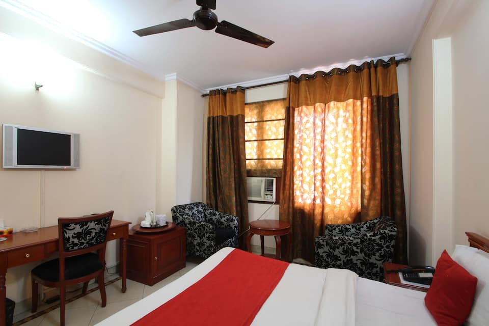 Hotel Corporate Park, Greater Kailash, Hotel Corporate Park