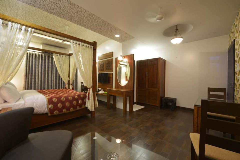 Hotel JP International, Naralibag, Hotel JP International