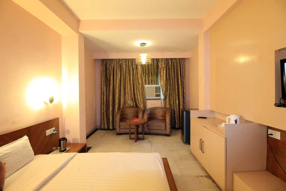 Hotel Grand Westend, West Delhi, Hotel Grand Westend