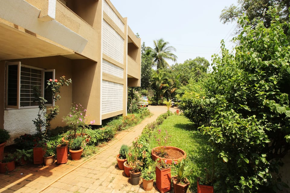 Ferreira Resort, D T Shahani Road, Ferreira Resort