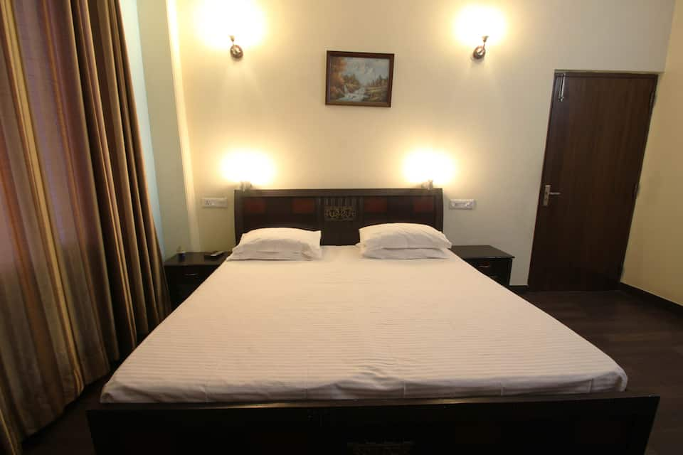 Bansi Kunj Bed & Breakfast, Greater Kailash, TG Stays Greater Kailash part 1