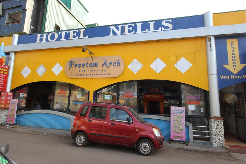 Hotel Nells, M G Road, Hotel Nells